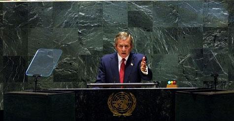 Bush lors d'un discours à l'ONU